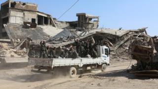 بدء إجلاء قوات المعارضة والمدنيين من منطقة القابون بدمشق