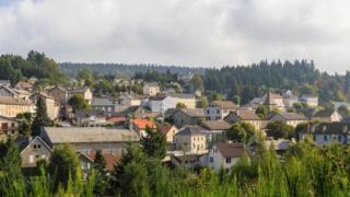 بلدة شامبون سور لينيون