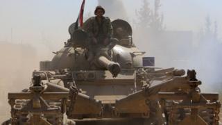 دبابات تابعة للجيش السوري