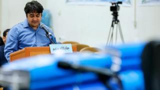 روح الله زم در سومین جلسه دادگاه به ریاست قاضی صلواتی