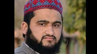 محمد زاہد ان بچوں کو قرآن کی تعلیم دیتا تھا اور اب وہ خود بھی ان کے ساتھ چلا گیا ہے۔