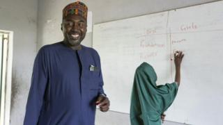 Zannah Mustapha with a pupil