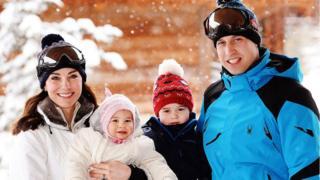 Герцог и герцогиня Кембриджские с детьим