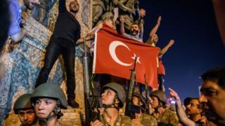 15 Temmuz akşamı Taksim meydanı