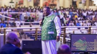 """Nigeria make Aliko Dangote, but Ghana gov't dey destroy local businessmen"" – Archbishop Duncan-Williams"