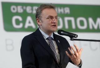 Долгое время деятельность мэра Львова Андрея Садового воспринималась как образец местного управления