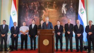 El presidente de Paraguay anunciando la ruptura de relaciones con Venezuela.