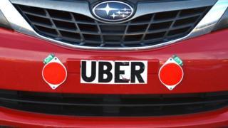 Uber signe sur la voiture