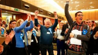 Wandsworth belediye seçimi sonuçlarının açıklandığı an
