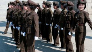 КЭДР армиясындагы кыз-келиндер