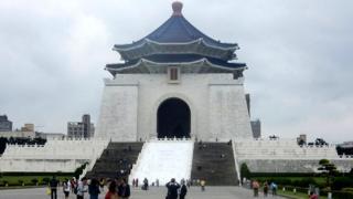 中正紀念堂在民進黨政府的法案當中是最大的目標。