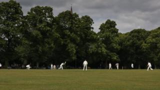 Cricket in Witney