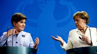 Беата Шидло, Ангела Меркель