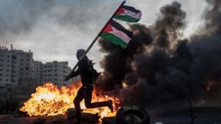 У секторі Газа nf на Західному березі уже три дні тривають заворушення між палестинцями та ізраїльськими силами безпеки