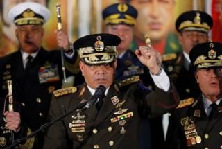 Venezuela Savunma Bakanı Vladimir Padrino López