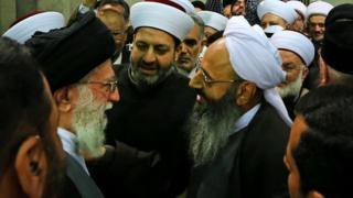 مولوی عبدالحمید و آیتالله خامنهای