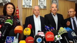 今年のノーベル平和賞を受賞したチュニジアの国民対話組織のメンバー(写真は2013年)