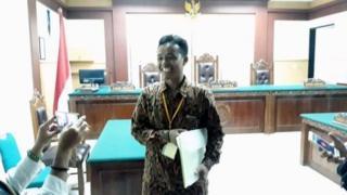 Ihsan Hadi setelah sidang selesai.