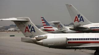 Aviões da companhia American Airlines
