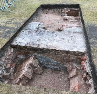 Clumber House: Dig held at Nottinghamshire mansion