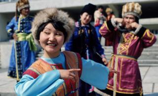 Артисты Горно-Алтайского областного драматического театра