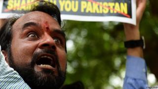 सुषमा स्वराज, सोशल मीडिया, ट्विटर, नरेंद्र मोदी
