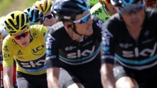 Chris Froome durante la etapa 11 del Tour de France 2016