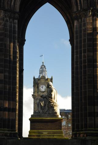 The Balmoral Hotel and the Scott Monument
