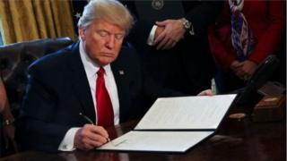 Trump səyahət qadağası ilə bağlı sərəncamı yanvarın 25-də imzalayıb.
