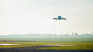 Delivery-drone-made-by-Amazon