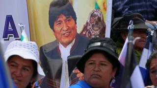 Thousands of supporters of Bolivian President Evo Morales march to support his candidacy for re-election in 2019, in La Paz, Bolivia, 07 November 2017.