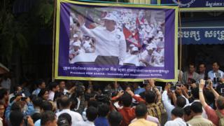 柬埔寨在野救国党要求当局立刻无条件释放被抓的党魁根索卡