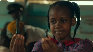 Nikita Pearl Waligwa kopa Gloria, ọrẹ Phiona, to kọ ọ bi wọn ṣe n ta ayo 'chess'
