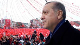 """""""صقاريا"""" معقل مؤيدي أردوغان"""