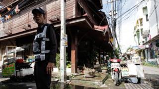Полицейский на месте взрыва в Хуахине, Таиланд