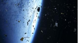 Sampah angkasa luar melonjak dalam puluhan tahun terakhir.