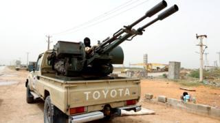 Подконтрольные правительству в Триполи силы из Мисраты