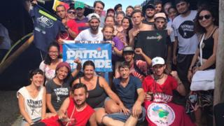 Argentinos apoiam Lula em Porto Alegre