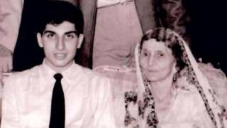 रतन टाटा ने शेयर की पुरानी तस्वीर