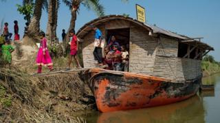 Solar-powered boat school