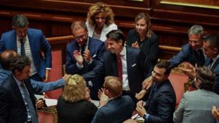 İtalya Başbakanı Conte istifasını sundu