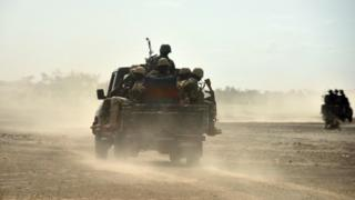 Niger soldiers for motor