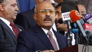 Али Абдулла Салех хаключил союз с повстанцами хуситами в начале гражданской войны в Йемене