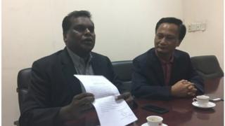 Luật sư Hà Hải (phải) và Luật sư Selvam Shanmugam