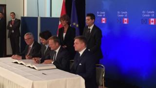 Le CETA, supprimera 99% des droits de douane entre l'UE et le Canada.