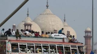 شاہی مسجد