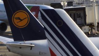 Air France and Lufthansa planes