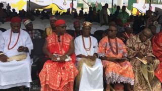 Igbo na nhazigharị obodo Naịjirịa
