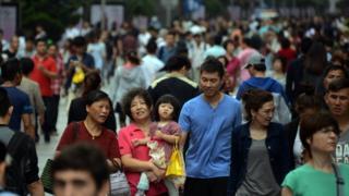 上海南京路步行街。(资料图片)