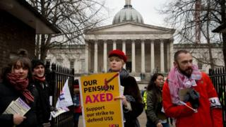 in_pictures University staff in the picket line outside UCL in February 2018